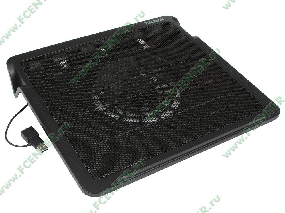 """Подставка для ноутбука Zalman """"ZM-NC2"""". Вид спереди."""