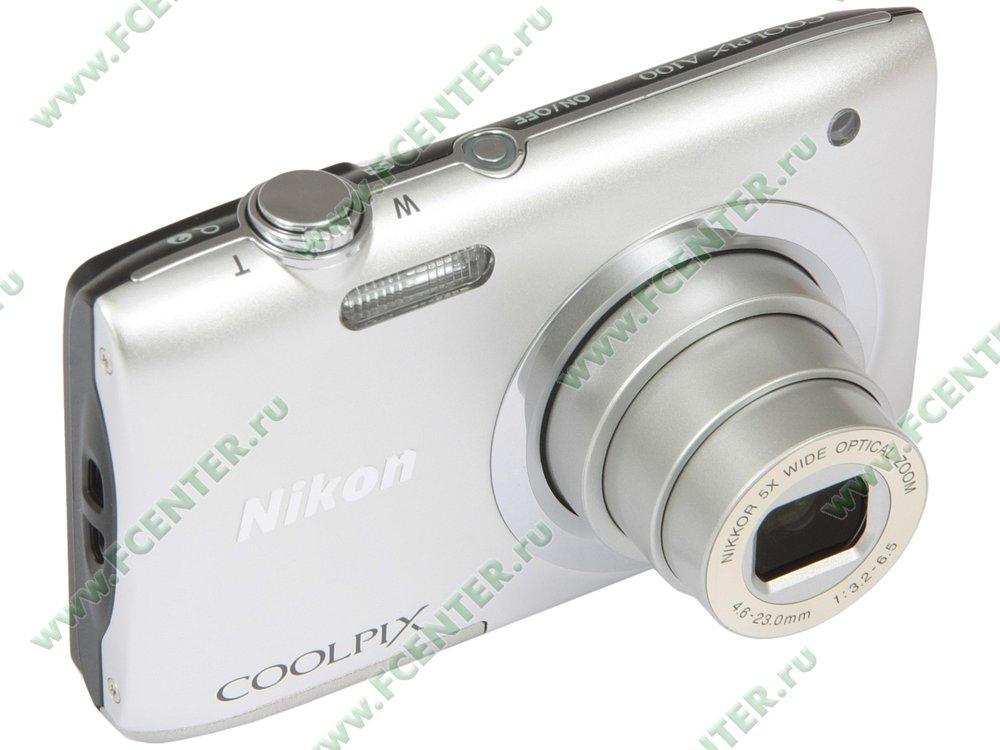 """Фотоаппарат Nikon """"CoolPix A100"""". Вид спереди 1."""