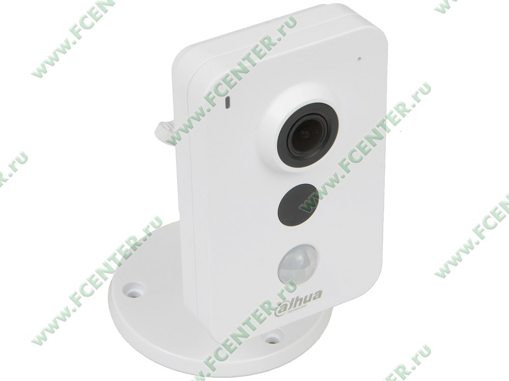 "IP-камера Dahua ""DH-IPC-K35AP"". Вид спереди."