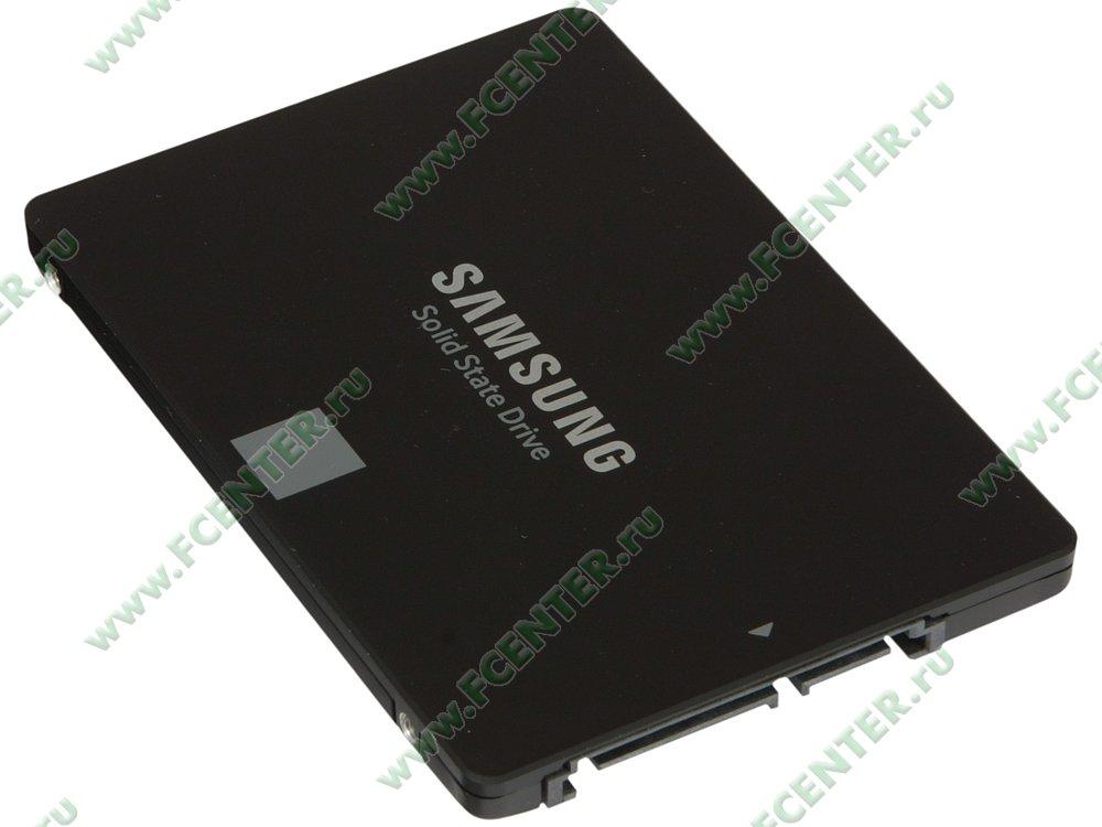 "SSD диск 500ГБ 2.5"" Samsung ""860 EVO"" (SATA III). Вид спереди."