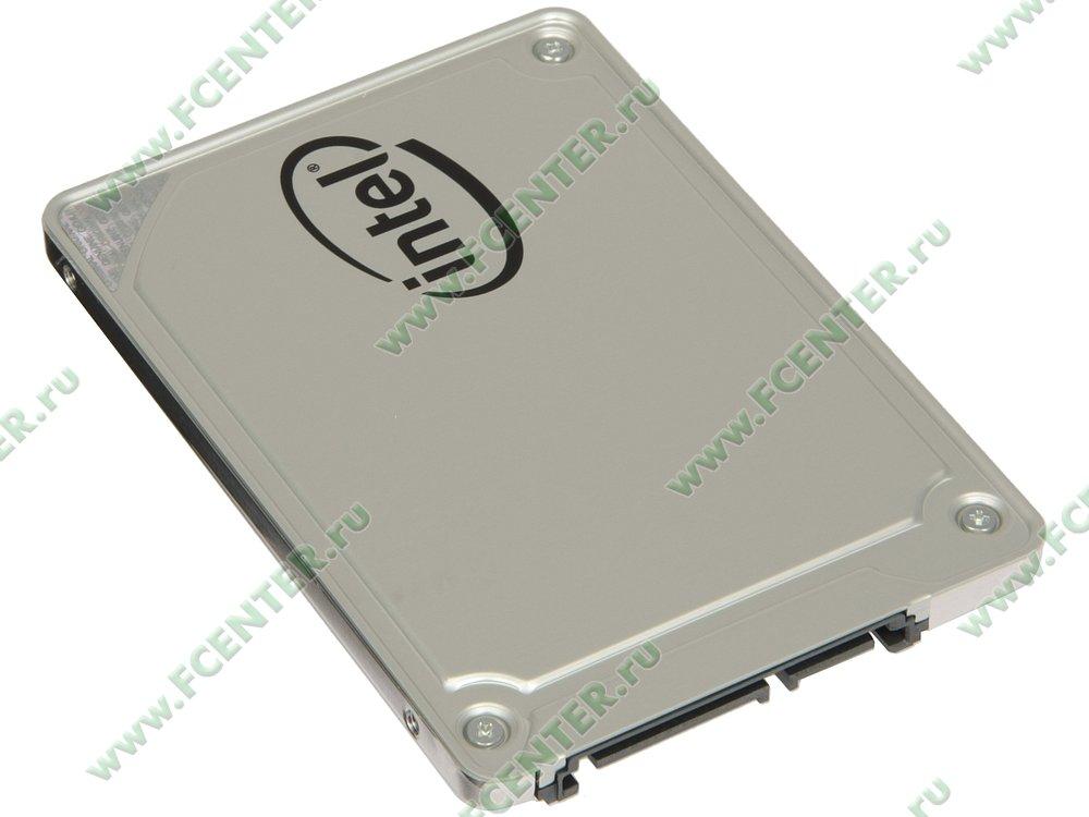 """SSD диск 256ГБ 2.5"""" Intel """"545s"""" SSDSC2KW256G8X1 (SATA III). Вид спереди."""