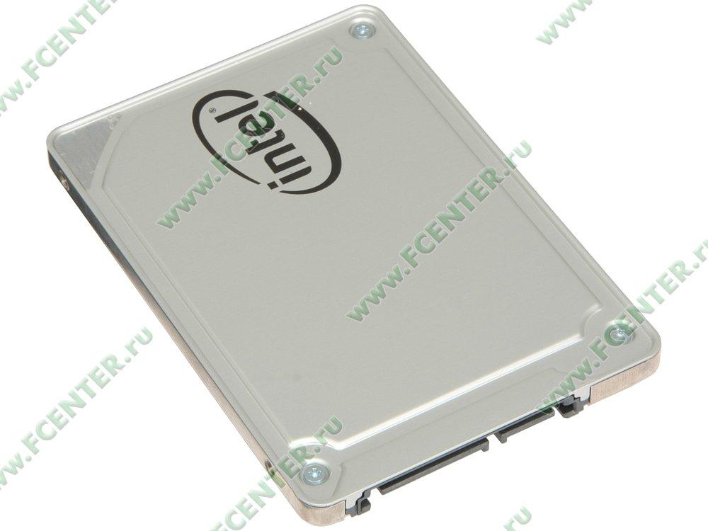 """SSD диск 256ГБ 2.5"""" Intel """"545s"""" SSDSC2KW256G8XT (SATA III). Вид спереди."""