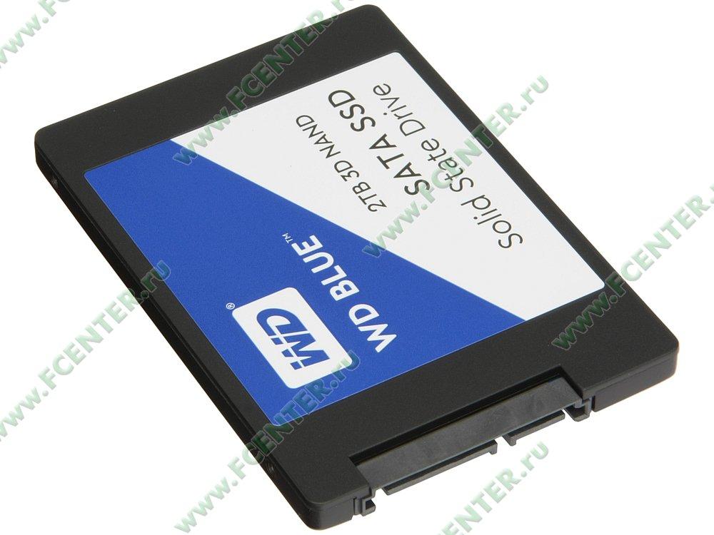"SSD диск 2000ГБ 2.5"" Western Digital ""Blue"" (SATA III). Вид спереди."