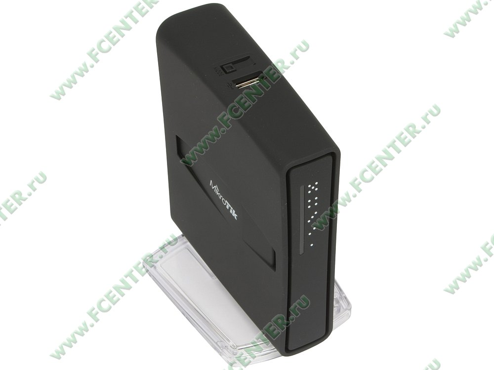 """Беспроводной маршрутизатор MikroTik """"hAP ac2 RBD52G-5HacD2HnD-TC"""". Вид спереди."""