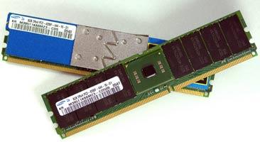 8-ГБ модули FB-DIMM от Samsung. Других таких просто нет.