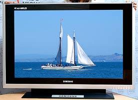 40-дюймовый активно-матричный OLED-дисплей Samsung