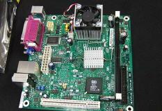 Mini-ITX плата Intel