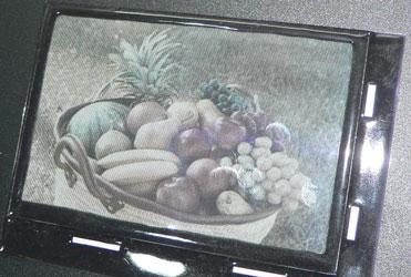 Цветной экран на основе электрофоретического дисплея SiPix Imaging