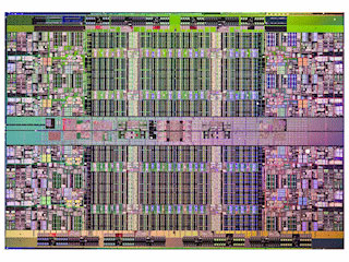 Монолитный кристалл восьмиядерного Xeon 7500 (Nehalem-EX)
