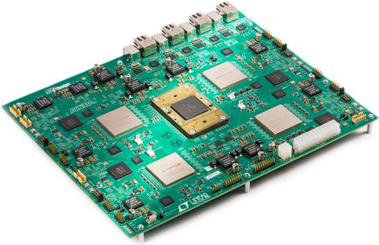 Плата Altera для оценки возможностей памяти Micron HMC (модуль памяти на фотографии в центе)