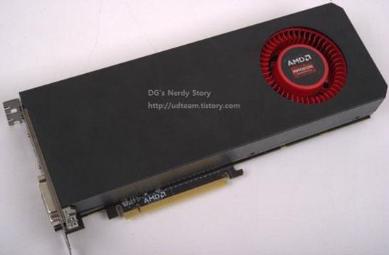 Внешний вид эталонного образца видеокарты AMD Radeon R9-290X