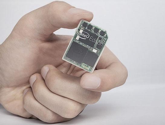 Компьютер в формфакторе карты памяти. И этим всё сказано.