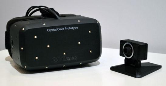Очки Crystal Cove компании Oculus VR и камера для отслеживания движений головы