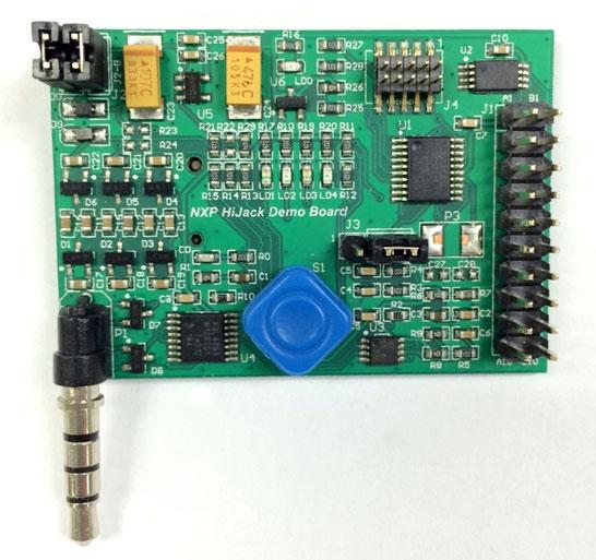 Джойстик и клавиатуру к смартфону можно будет подключить через стандартный 3,5-мм «джек»