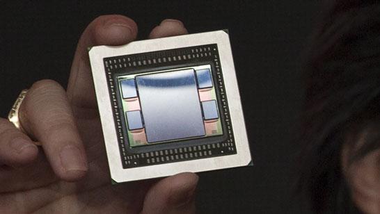 Демонстрация готового к установке на плату графического процессора AMD Fiji