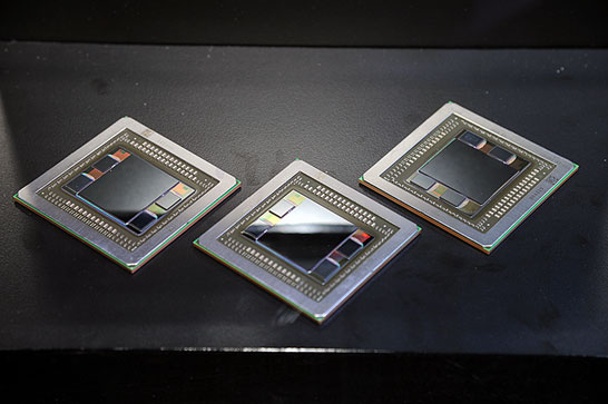 Графический процессор AMD Fiji (кристалл расположен на одной подложке с памятью HBM)