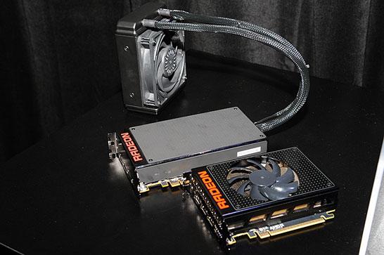 Фотография видеокарт Radeon R9 Fury X и AMD Radeon R9 Nano