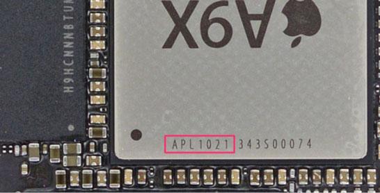 Фотография процессора Apple A9X (iFixit)