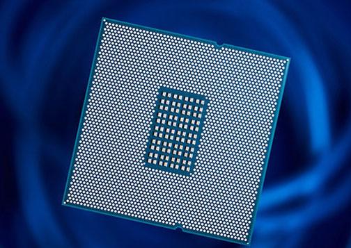Процессор Qualcomm Centriq 2400 имеет контактную группу под разъём LGA