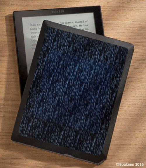 Модель читалки Bookeen Cybook Ocean с обложкой со встроенной солнечной панелью