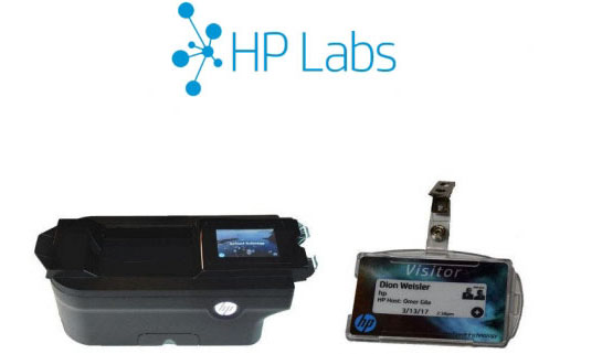 Принтер HP IonTouch и карточка с панелью E Ink