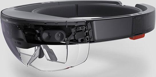 Гарнитура Microsoft HoloLens для дополненной реальности