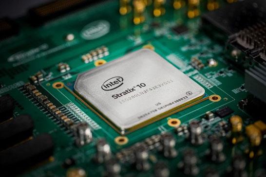 Программируемая матрица Intel Stratix 10 (разработка компании Altera)