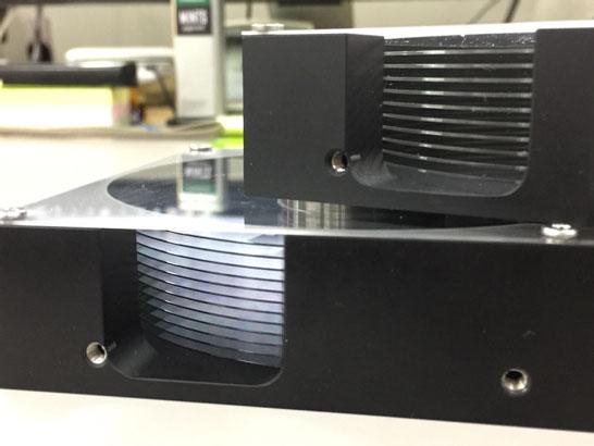 Макеты 3,5-дюймовых HDD с 10 и 12 пластинами Hoya