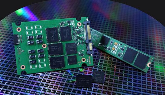 72-слойная 512-Гбит 3D NAND SK Hynix и продукция на её основе
