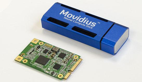 Модуль AAEON Mini PCI-E и USB-брелок Intel Neural Compute Stick