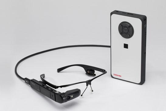 Комплект Toshiba dynaEdge AR Smart Glasses с мини-ПК dynaEdge DE-100 Mobile Mini PC